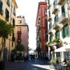 Bed and Breakfast Salerno Centro, yellow building